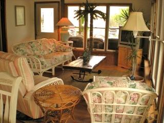 Rodney Dunes Pier 12 3 BR  Apt A 10% Off June Weeks (see listing for details) - Dewey Beach vacation rentals