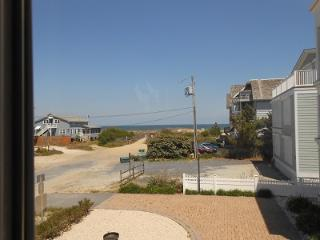 DEWEY VOTED BEST VACATION SPOT IN DE Rodney Dunes Pier 12 Ocean View Apt B - Dewey Beach vacation rentals