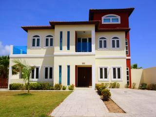 Villa and Pool near Marriott - Merlot Villas Aruba - Noord vacation rentals