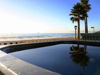Gorgeous House with Internet Access and Television - Manhattan Beach vacation rentals