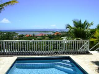 PLAGE d'ELAN...3 BR overlooking Orient Bay with spectacular sunrise! - Orient Bay vacation rentals