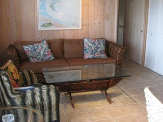 Van Dyke Apartment - Green Turtle Cay vacation rentals
