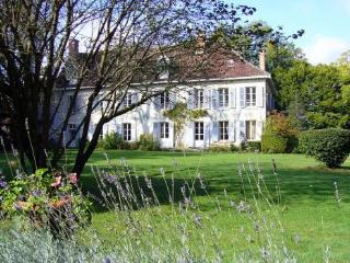 Maison Gaudinier - Bourges vacation rentals