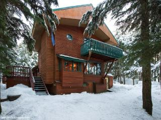 Perfect 5 bedroom Girdwood House with Deck - Girdwood vacation rentals