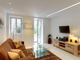 Romantic 1 bedroom Apartment in Nice - Nice vacation rentals