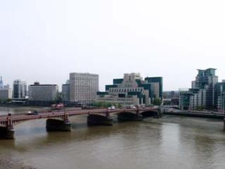 CWN-modern riverside apartment with stunning views - London vacation rentals