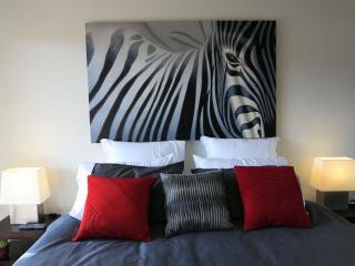 Luxurious Hampton apartment ticks all the boxes! - Hampton vacation rentals