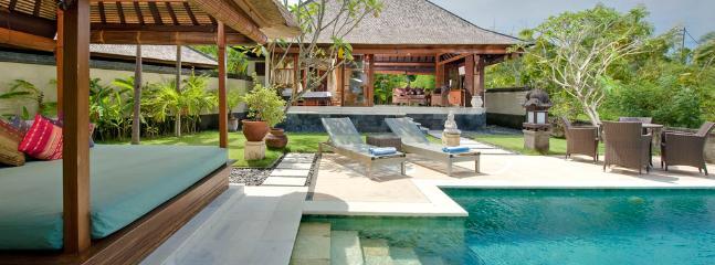 Bulan Madu - an elite haven - Bukit vacation rentals