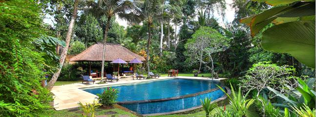 Alamanda - pool and garden - Villa Alamanda - an elite haven - Ubud - rentals