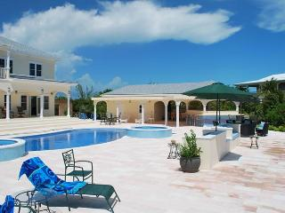 Spacious 6 bedroom Villa in Providenciales - Providenciales vacation rentals