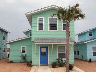 Super cute 4 bedroom 3.5 bath home in fabulous Royal Palms! - Texas Gulf Coast Region vacation rentals