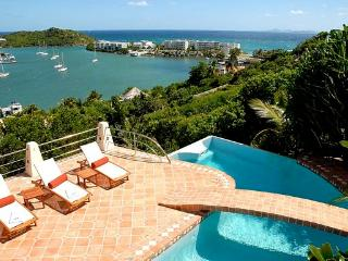 Salt Water Pool, Ideal for Couples & Families, Short Drive to Beach & Restaurants - Oyster Pond vacation rentals