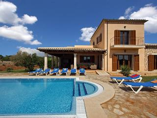 4 bedroom Villa in Calonge, Cala Dor, Mallorca : ref 4407 - Calonge vacation rentals