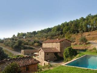 Villa Chiodo features outstanding views of the country side & alfresco dining - Lucca vacation rentals