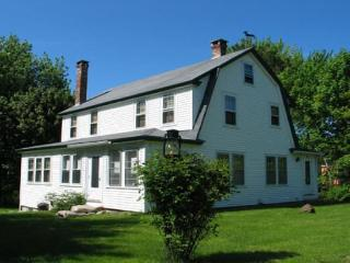 Charming House with Internet Access and Dishwasher - Mount Desert vacation rentals