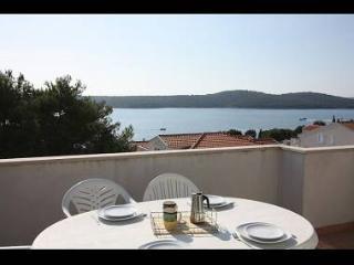 4421 B18(6+2) - Milna (Brac) - Milna (Brac) vacation rentals