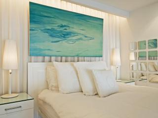 Luxury Special: $299 for stays through March 31 - New York City vacation rentals