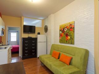 Sleeps 3! 1 Bed/1 Bath Apartment, Upper East Side, Awesome! (8177) - Manhattan vacation rentals