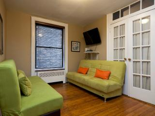 Sleeps 5! 2 Bed/1 Bath Apartment, Midtown East, Awesome! (6817) - Manhattan vacation rentals