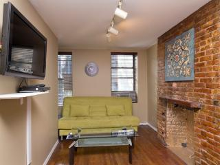 Sleeps 5! 2 Bed/1 Bath Apartment, East Village, Awesome! (8180) - New York City vacation rentals