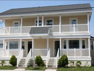 Cozy 3 bedroom Apartment in Wildwood - Wildwood vacation rentals