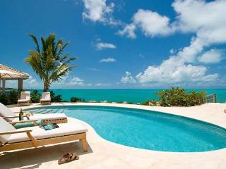 Bright 3 bedroom Ocean Point Villa with Internet Access - Ocean Point vacation rentals
