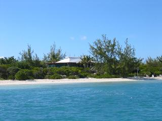 Beautiful 4 bedroom Grace Bay Villa with Internet Access - Grace Bay vacation rentals