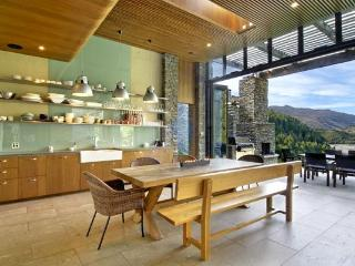 Kohara Lodge, Queenstown - Queenstown vacation rentals