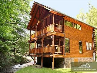 Sparkling Waters   Hot Tub  Gaming  On The Creek  Jacuzzi  Free Nights - Gatlinburg vacation rentals
