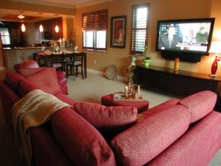 Living Room - Cottage Naples Bay Resort H101 - Naples - rentals
