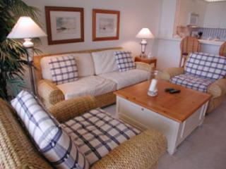Living Room - The Regatta 4-502 - Naples - rentals