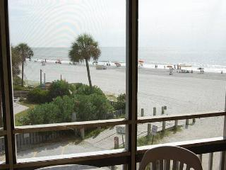 Pelican's Watch Condo Rental in a Great Location and with a Jacuzzi - Myrtle Beach vacation rentals