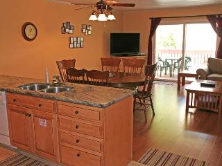 Cozy 2 bedroom Apartment in Catalina Island with Internet Access - Catalina Island vacation rentals