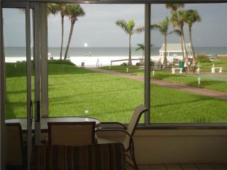Beautifully maintained  condo near the SE FL beaches - 9 South - Siesta Key vacation rentals