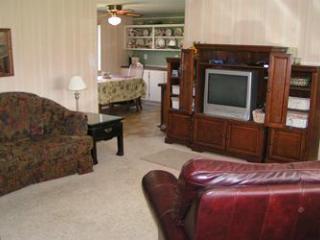 Mi Casa in Suttons Bay - Glen Arbor vacation rentals