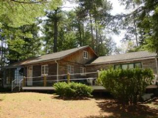 Alton 3 Bedroom-1 Bathroom House (329) - Bartlett vacation rentals