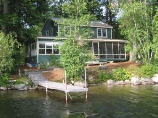 Picturesque House with 3 BR & 1 BA in Moultonborough (324) - Moultonborough vacation rentals