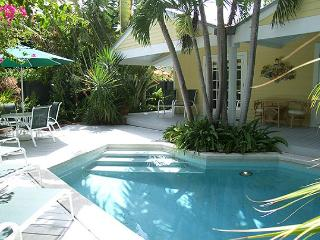 South Street Cottage: Bright & sunny in the Casa Marina district - Florida Keys vacation rentals