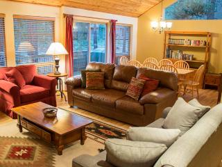 #8 Tamarack Lane - La Pine vacation rentals