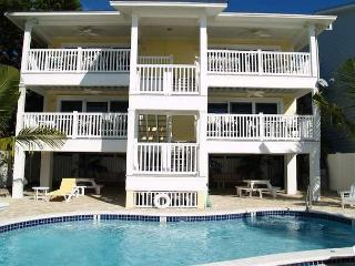 Bright Redington Shores Apartment rental with Deck - Redington Shores vacation rentals
