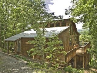 Bliss-ful Mount`n Top Cab`n--SUNSET MOUNTAIN VIEW, 2BR/ 2BA CABIN, HOT TUB, PING PONG, POOL TABLE, GAME TABLE, CHARCOAL GRILL, C - Blue Ridge vacation rentals