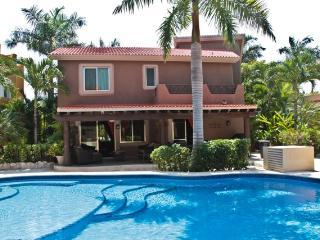 Casa Alegria - Villas Caribe - Playa del Carmen vacation rentals