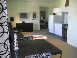 Hollywood Hills 1 Bedroom with Incredible View (3331) - Los Angeles vacation rentals
