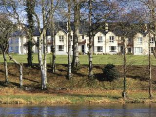 Riverside Mews, Castle Oaks Holiday Homes - Castleconnell vacation rentals