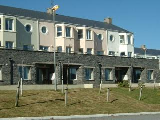 Spanish Cove Holiday Homes (2 bed) Sleeps 4 - Kilkee vacation rentals
