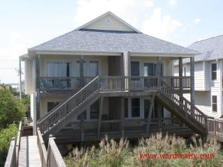 Nice 3 bedroom House in Topsail Beach - Topsail Beach vacation rentals