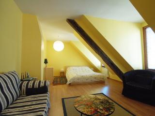 Marais Studio (3698) - Whiteparish vacation rentals
