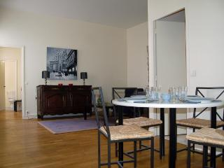 Notre-Dame - 1 Bedroom 1 Bath (3731) - Paris vacation rentals