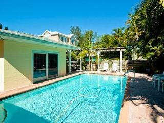 Beachy Keen 408 - Anna Maria vacation rentals