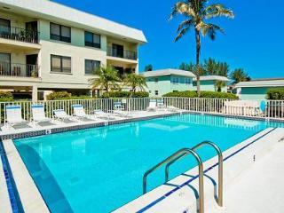 Gulf Watch 104 - Bradenton Beach vacation rentals
